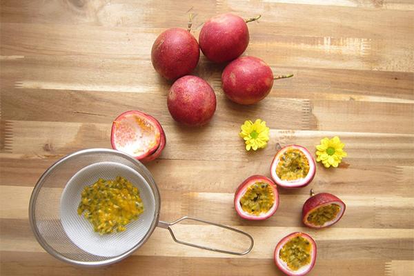Chanh leo giàu vitamin A và chất xơ, vừa tốt cho da, vừa giúp đào thải mỡ thừa hiệu quả.