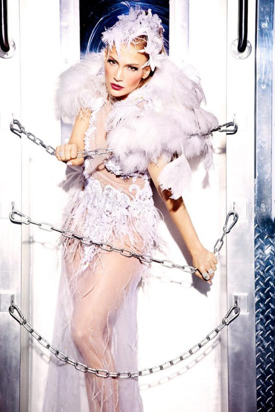 Jennifer Lopez tuoi 48 van dep boc lua nho nhung dieu nhay
