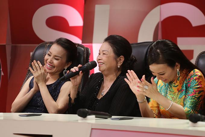 Mẹ Minh Tuyết xấu hổ vì 4 lần không nhận ra giọng hát của con - Ảnh minh hoạ 2