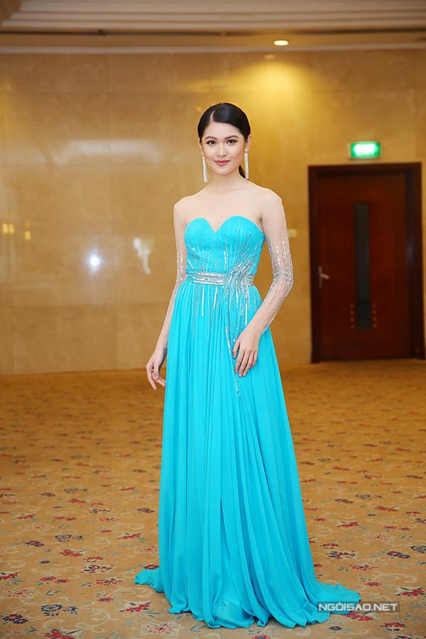 Các người đẹp đến chúc mừng Thùy Dung đại diện VN thi Hoa hậu Quốc tế - Ảnh minh hoạ 7
