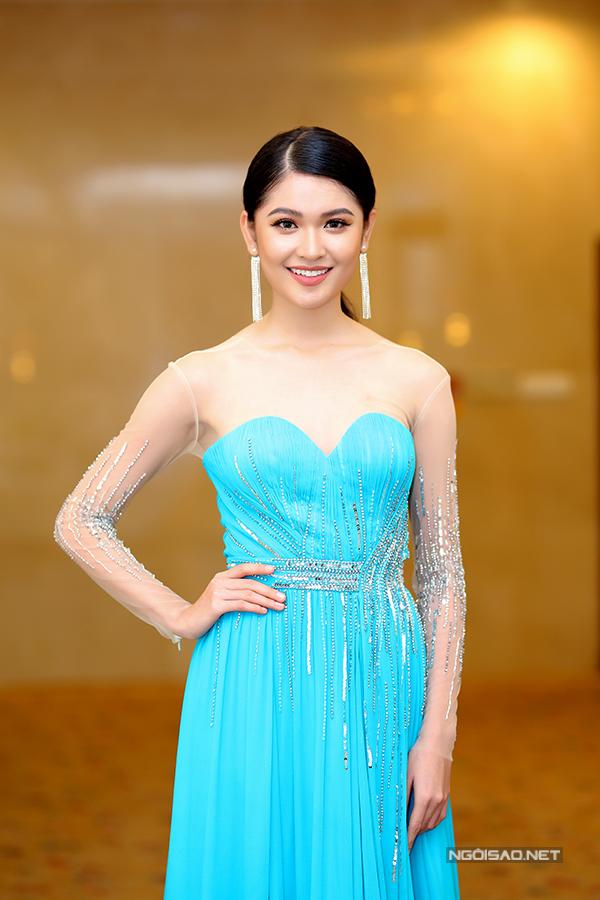 Các người đẹp đến chúc mừng Thùy Dung đại diện VN thi Hoa hậu Quốc tế - Ảnh minh hoạ 8
