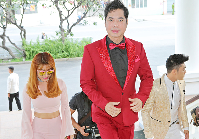 Mẹ Ngọc Sơn ủng hộ con trai ra album cùng học trò Michael Lang