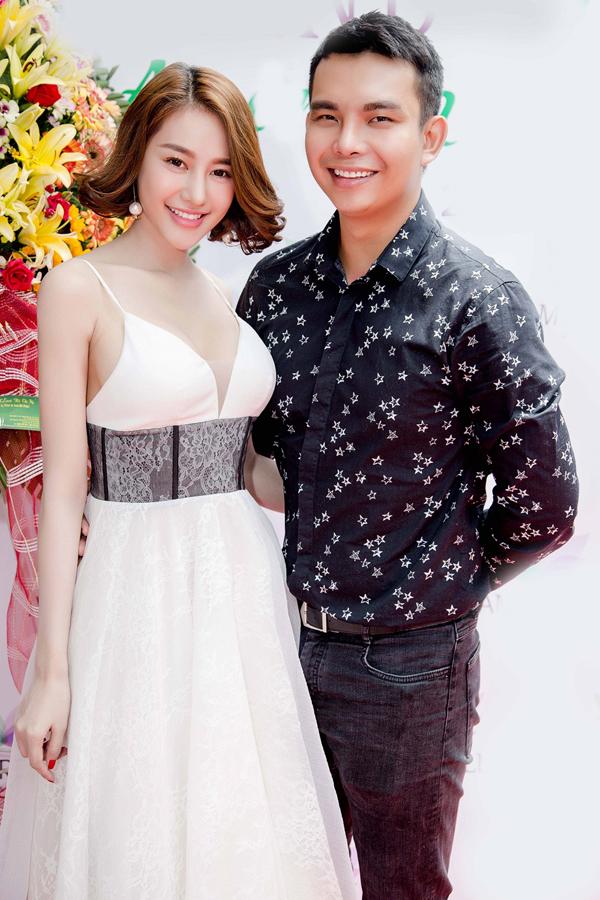 Kelly Nguyễn và Sam đọ vẻ xinh tươi khi đi sự kiện - Ảnh minh hoạ 6