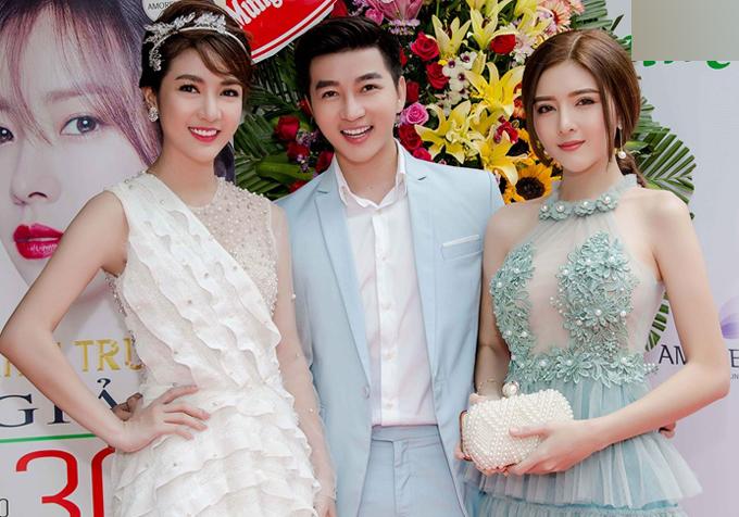 Kelly Nguyễn và Sam đọ vẻ xinh tươi khi đi sự kiện - Ảnh minh hoạ 8