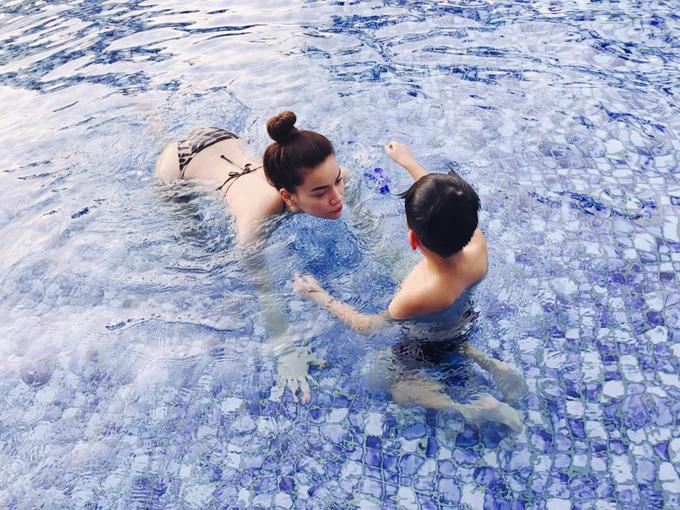 Nghi vấn Hà Hồ đưa con trai đi du lịch cùng Kim Lý tại Đà Nẵng - Ảnh minh hoạ 7