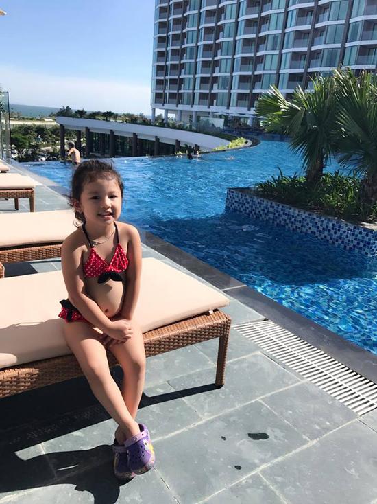 Jennifer Phạm tận hưởng kỳ nghỉ 2/9 bên chồng con - Ảnh minh hoạ 3