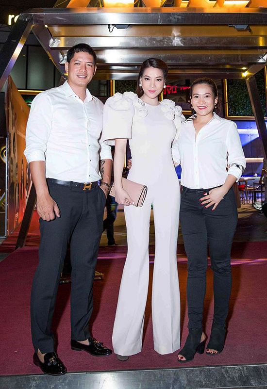 Trương Ngọc Ánh dự tiệc cùng vợ chồng Bình Minh - Ảnh minh hoạ 3