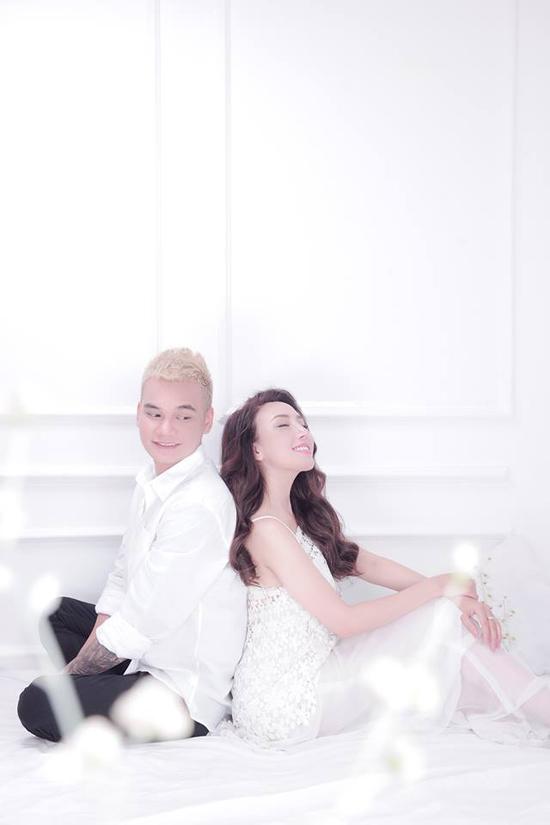 Khắc Việt và vợ sắp cưới quyến luyến nhau không rời - Ảnh minh hoạ 8
