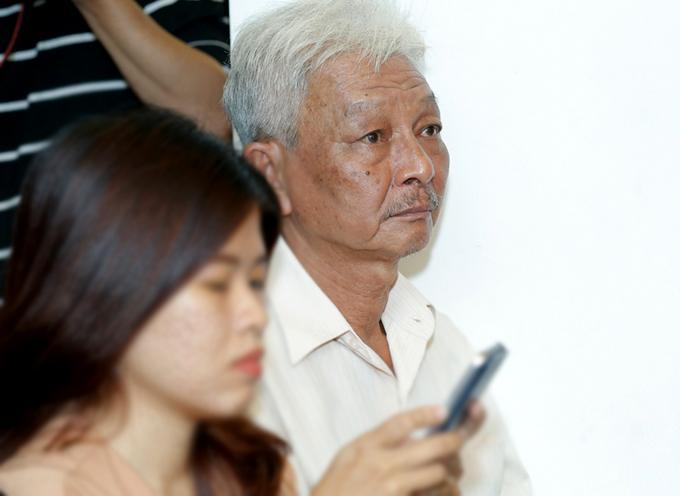 Bố Jun Phạm đến ủng hộ con trai ra MV mới - Ảnh minh hoạ 4