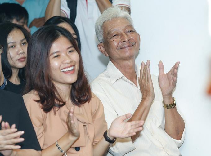 Bố Jun Phạm đến ủng hộ con trai ra MV mới - Ảnh minh hoạ 5