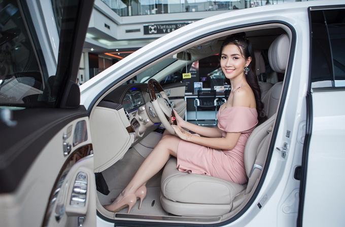 Phan Thị Mơ khoe xế hộp 4,5 tỷ mới cáu cạnh - Ảnh minh hoạ 5
