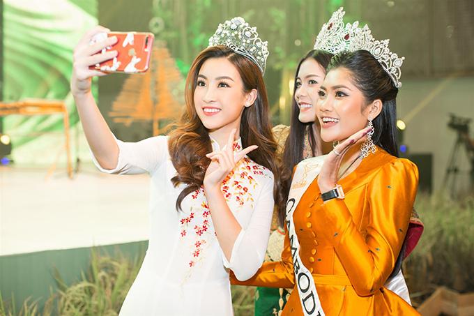 Đỗ Mỹ Linh đẹp nổi bật bên Hoa hậu Hoàn vũ Lào và Hoa hậu Toàn cầu Campuchia - Ảnh minh hoạ 2