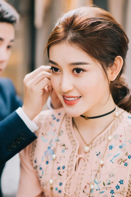 Huyền My đầu tư loạt đồ hiệu cho Hoa hậu Hòa bình Thế giới 2017 - Ảnh minh hoạ 5