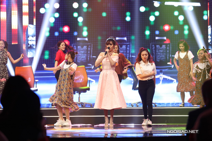 cac-nghe-si-trinh-dien-trong-le-trao-giai-vtv-awards-2017-2