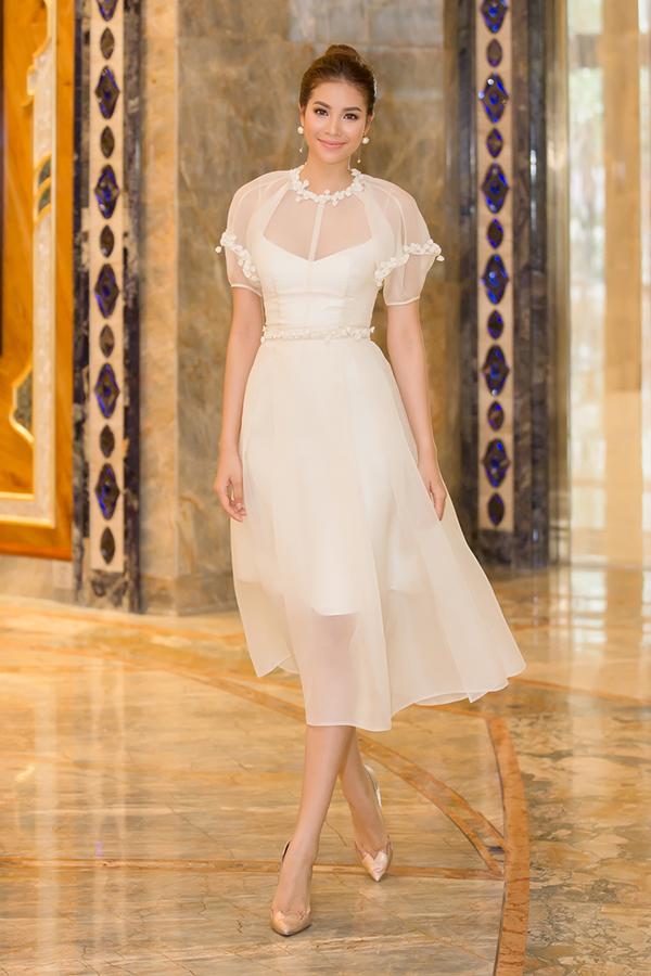 Phạm Hương diện đầm công chúa đi event cuối tuần - Ảnh minh hoạ 3