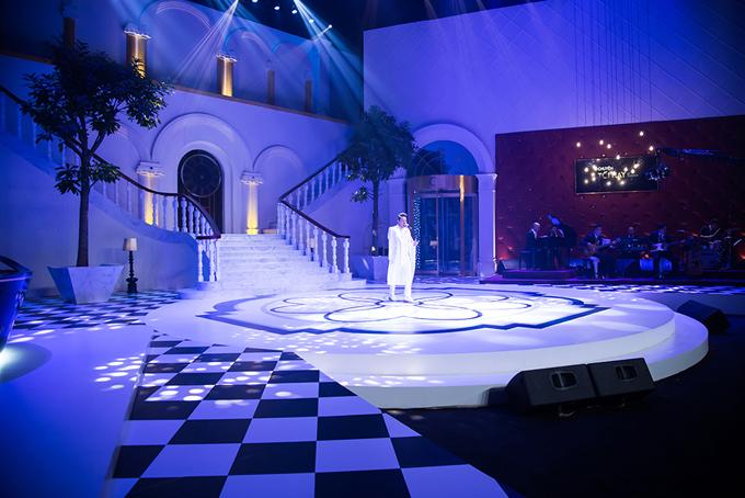Sân khấu show truyền hình mang tên Trấn Thành lung linh như khách sạn 5 sao - Ảnh minh hoạ 5