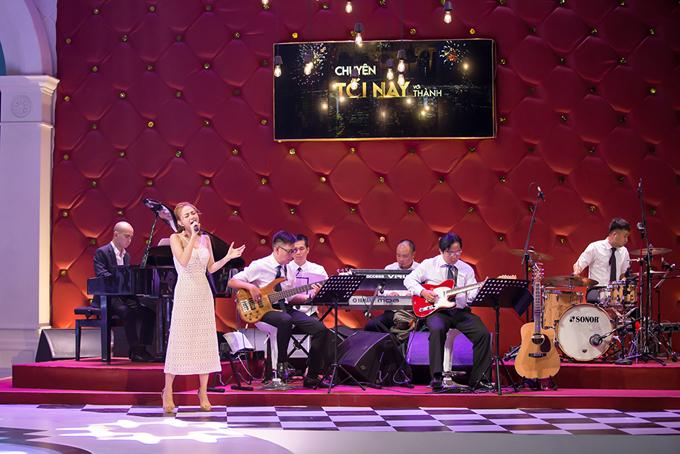 Sân khấu show truyền hình mang tên Trấn Thành lung linh như khách sạn 5 sao - Ảnh minh hoạ 7