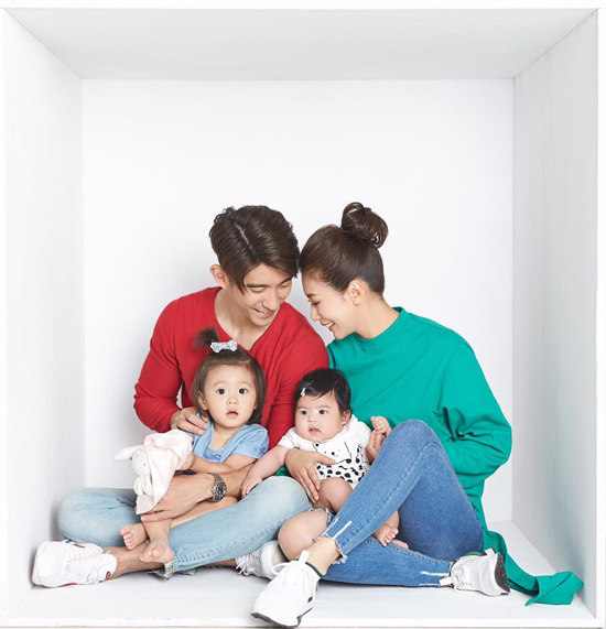 'Nàng Triệu Mẫn' Giả Tịnh Văn bên ba cô con gái xinh như búp bê