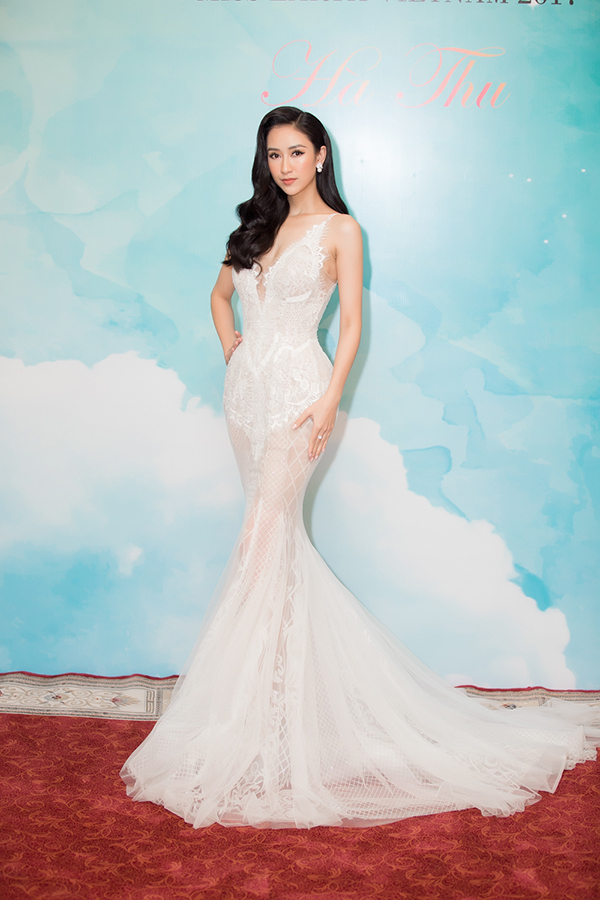 Nam Em gợi cảm đến trao vương miện Hoa hậu Trái đất Việt Nam cho Hà Thu - Ảnh minh hoạ 6
