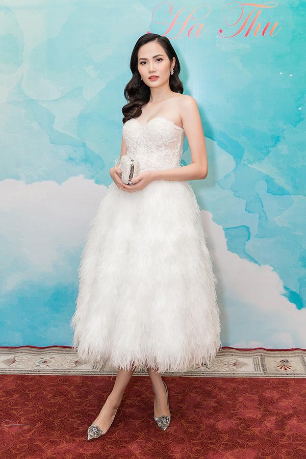 Nam Em gợi cảm đến trao vương miện Hoa hậu Trái đất Việt Nam cho Hà Thu - Ảnh minh hoạ 10
