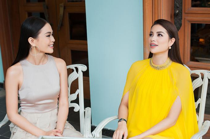 Hoa hậu Phạm Hương đọ sắc bên Mâu Thủy - Ảnh minh hoạ 6