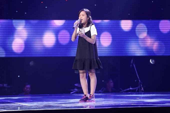 Giọng ca nhí khiến Soobin Hoàng Sơn nổi da gà, nhảy lên ghế vì phấn khích - Ảnh minh hoạ 8