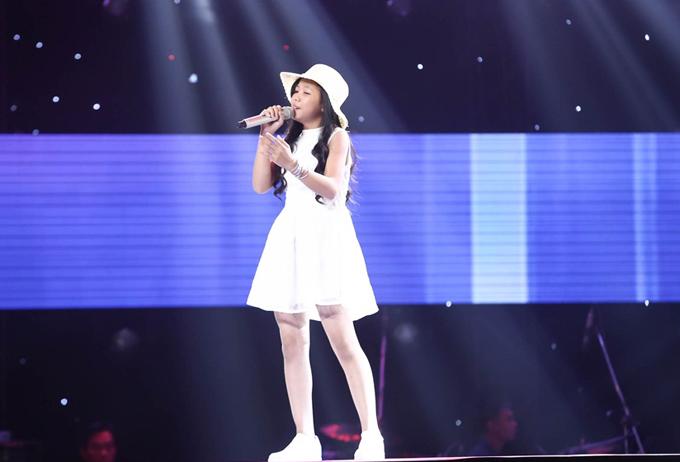 Giọng ca nhí khiến Soobin Hoàng Sơn nổi da gà, nhảy lên ghế vì phấn khích - Ảnh minh hoạ 6