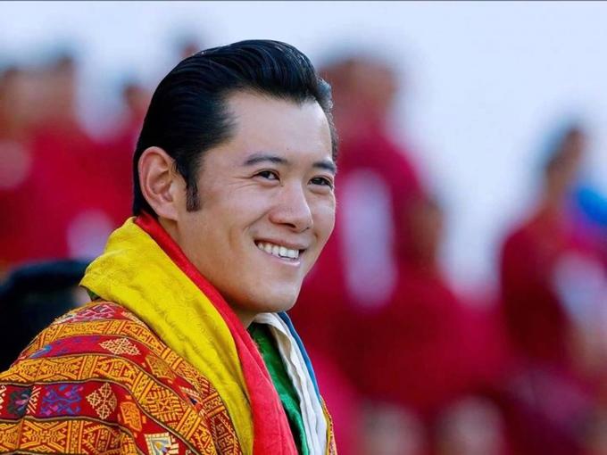 hoang-hau-bhutan-nang-lo-lem-doi-thuc-1