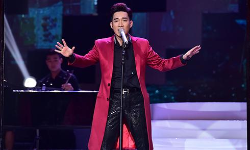"""Quang Hà khoe giọng hát """"lồng lộng"""" suốt 3 tiếng rưỡi trong liveshow"""