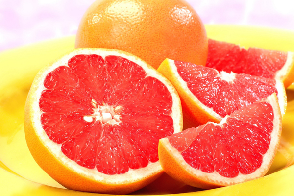 Bưởi rất giàu vitamin C,