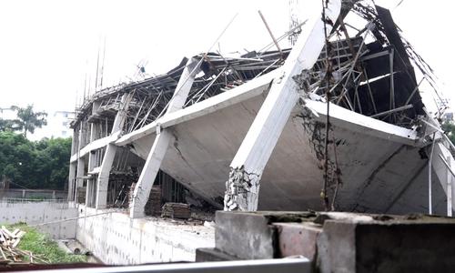 Trường mầm non Hà Nội đổ sập khi đang thi công