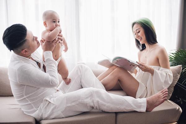 Vợ chồng Vũ Duy Khánh.