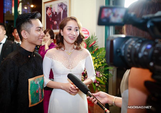 Vợ chồng Khánh Thi - Phan Hiển khiêu vũ tình tứ trên sân khấu - Ảnh minh hoạ 4