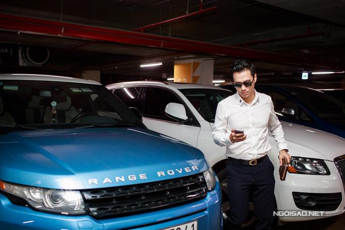 Diễn viên Việt Anh lái xe tiền tỷ đi event - Ảnh minh hoạ 4