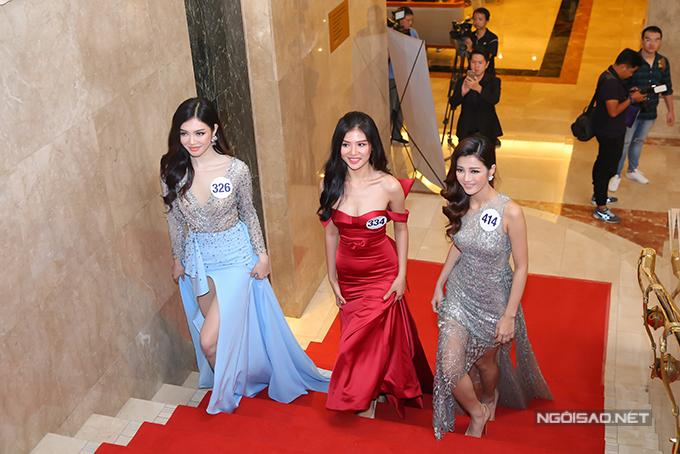 Phạm Hương như nữ hoàng dự công bố top 70 Hoa hậu Hoàn vũ Việt Nam 2017 - Ảnh minh hoạ 12