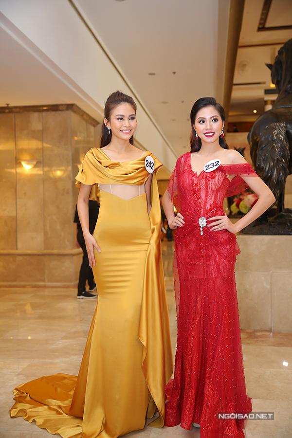 Phạm Hương như nữ hoàng dự công bố top 70 Hoa hậu Hoàn vũ Việt Nam 2017 - Ảnh minh hoạ 14