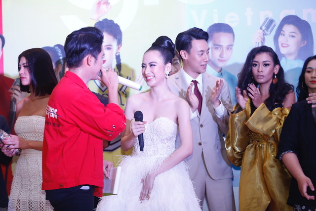 Rocker Nguyễn lên tiếng về nghi vấn luôn né tránh Angela Phương Trinh