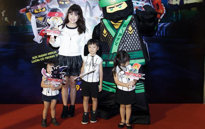 Ốc Thanh Vân, Minh Hà vất vả trông nom các con tại event - Ảnh minh hoạ 3