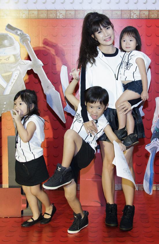 Ốc Thanh Vân, Minh Hà vất vả trông nom các con tại event - Ảnh minh hoạ 4