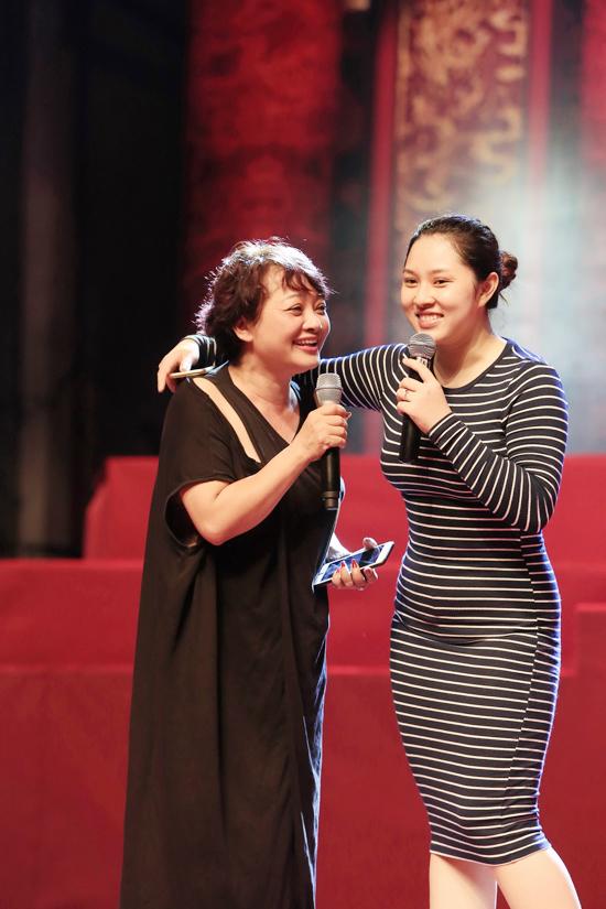 Bảo Trâm Idol lần đầu lộ diện sau 2 tháng sinh con - Ảnh minh hoạ 2