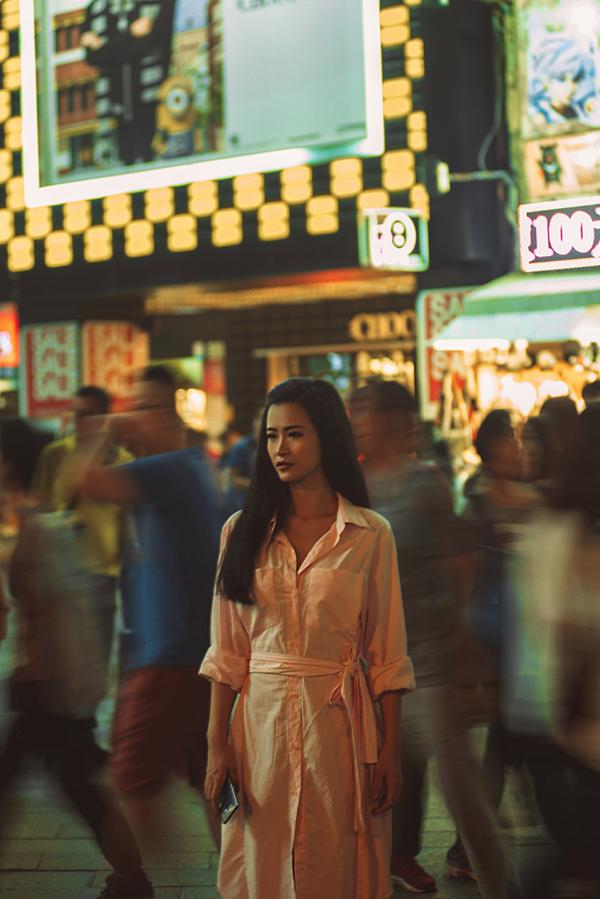 Đông Nhi khóc trong MV đóng với bạn trai ở Đài Loan