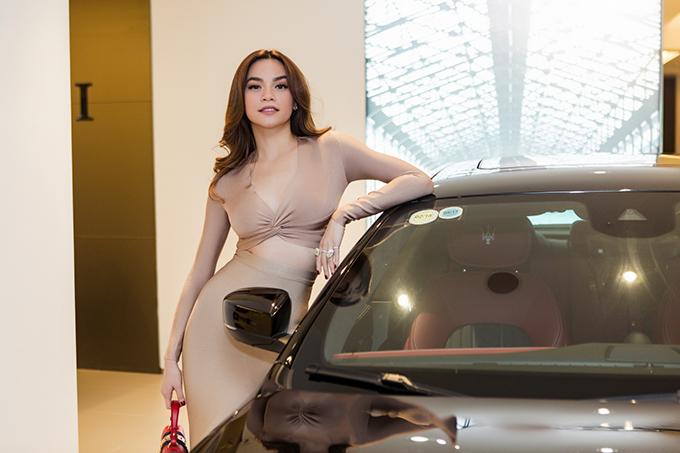 Hồ Ngọc Hà là người đầu tiên sở hữu xe thể thao Maserati giá 7 tỷ đồng ở Việt Nam - Ảnh minh hoạ 5