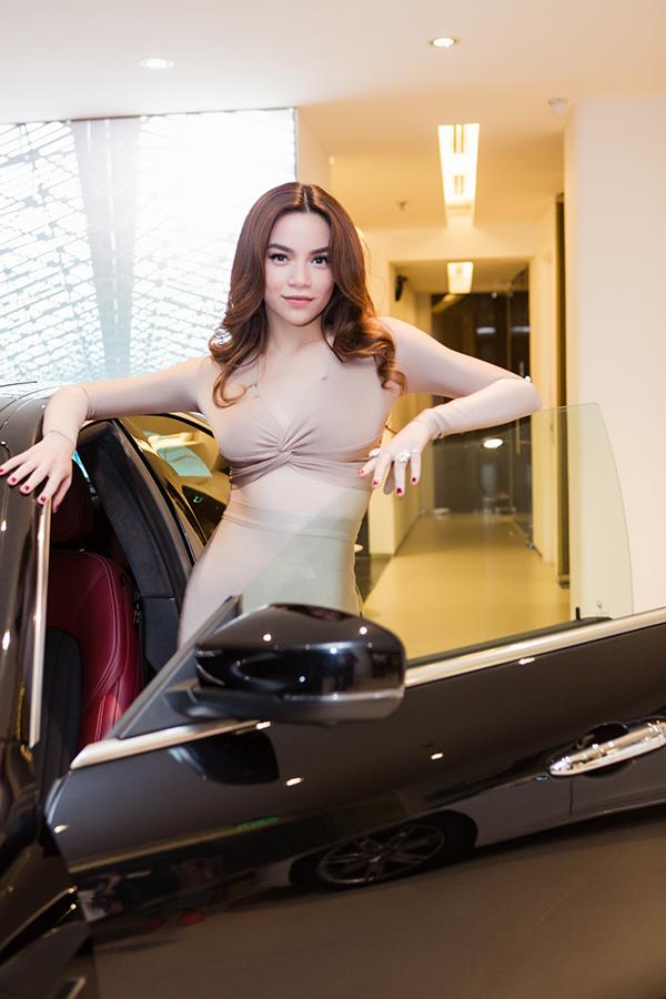 Hồ Ngọc Hà là người đầu tiên sở hữu xe thể thao Maserati giá 7 tỷ đồng ở Việt Nam - Ảnh minh hoạ 6