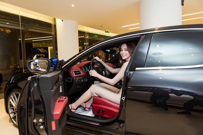 Hồ Ngọc Hà là người đầu tiên sở hữu xe thể thao Maserati giá 7 tỷ đồng ở Việt Nam - Ảnh minh hoạ 7