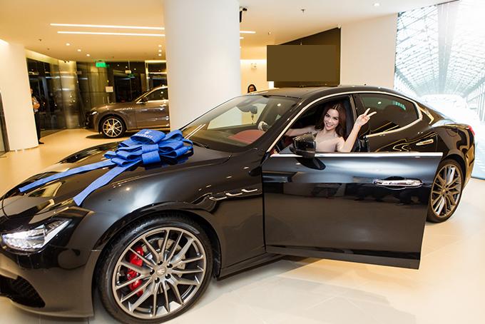 Hồ Ngọc Hà là người đầu tiên sở hữu xe thể thao Maserati giá 7 tỷ đồng ở Việt Nam - Ảnh minh hoạ 9