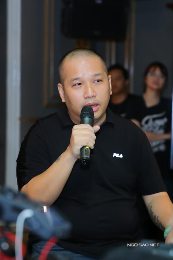 Hoàng Thùy Linh: