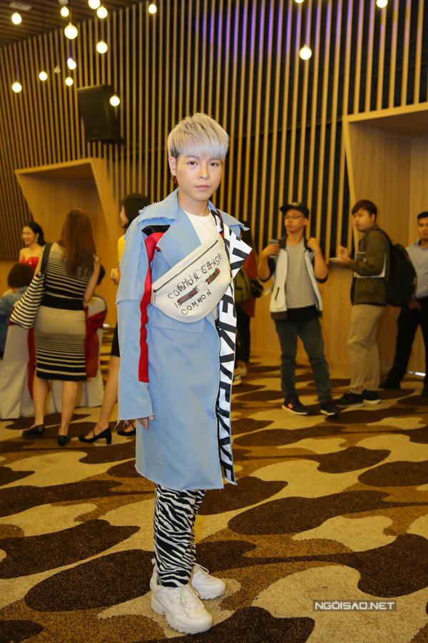 Tiêu Châu Như Quỳnh thành tâm điểm sự kiện nhờ mặc váy như... bình hoa - Ảnh minh hoạ 6