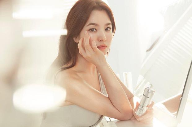 kim-tae-hee-song-hye-kyo-duoc-binh-chon-xinh-dep-nhat-showbiz-han-1