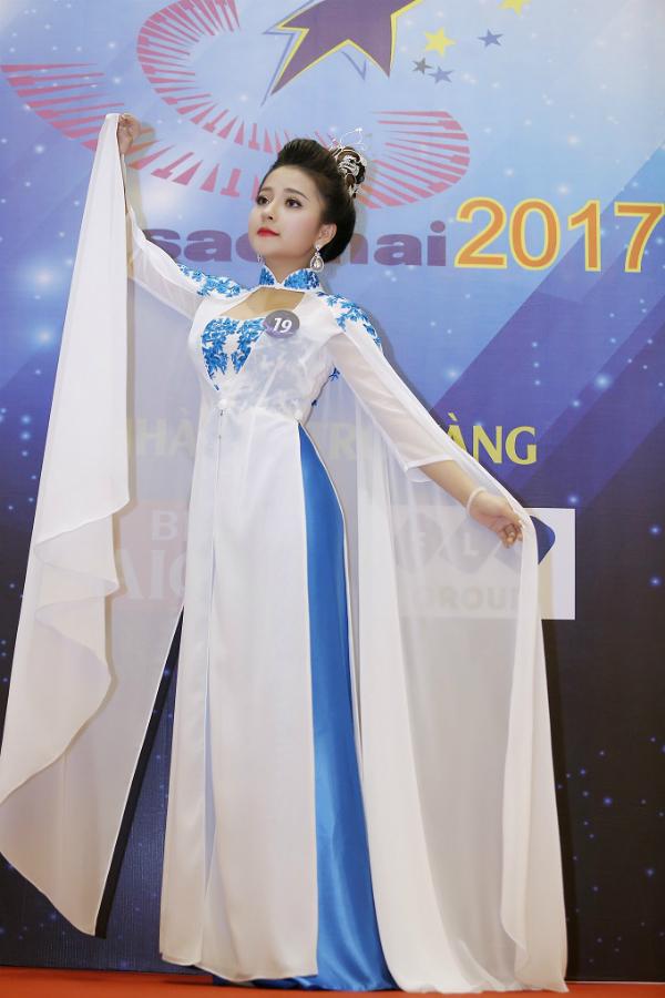 Hot girl xứ Nghệ giành giải nhì Sao Mai 2017