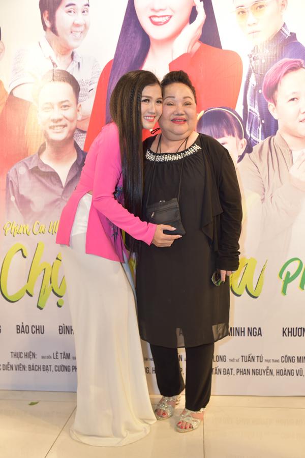 Hôn phu kém 8 tuổi không ghen với quá khứ của Lâm Khánh Chi